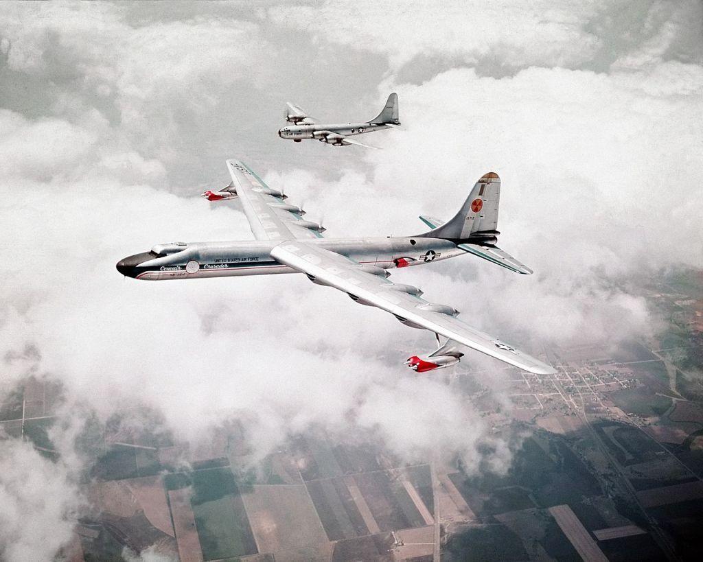 Bir adet nükleer reaktör taşıyan Convair NB-36H